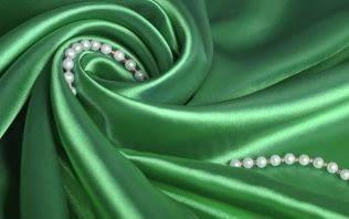 Натуральный шелк: отличия от искусственного и что сшить