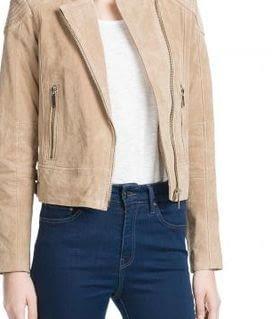 Бежевая куртка из замши: виды материала и как чистить?