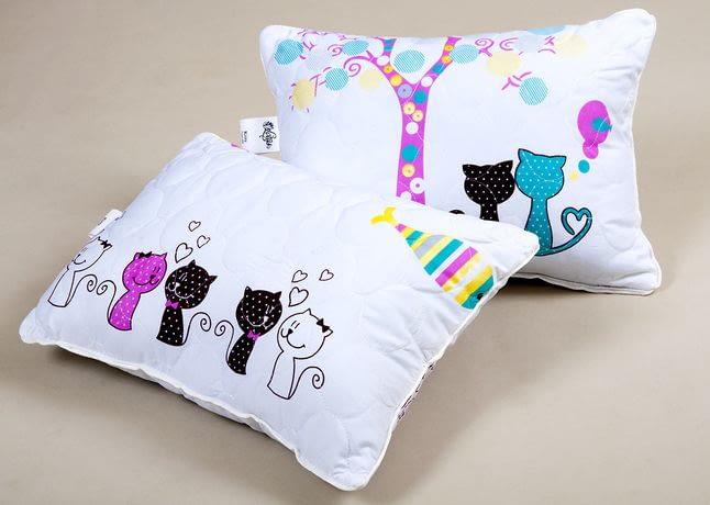 Як зшити подушку малюкові?