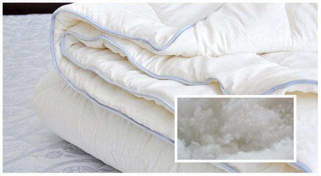 Какой наполнитель для одеяла лучше: натуральный или искусственный?