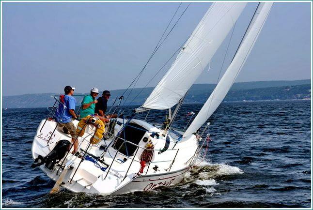 Саржа и мешковина для яхт и катеров