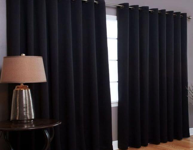 Світлонепроникні штори: яку тканину вибрати?